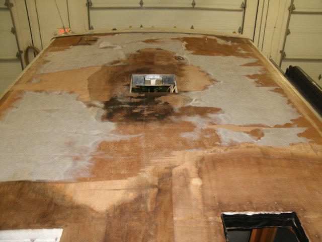 rv with rusted roof